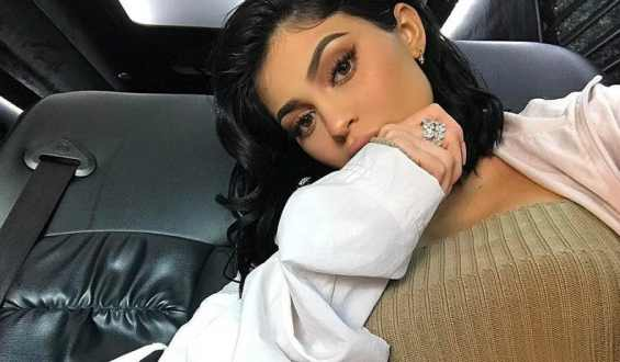 kylie-jenner hates public speaking