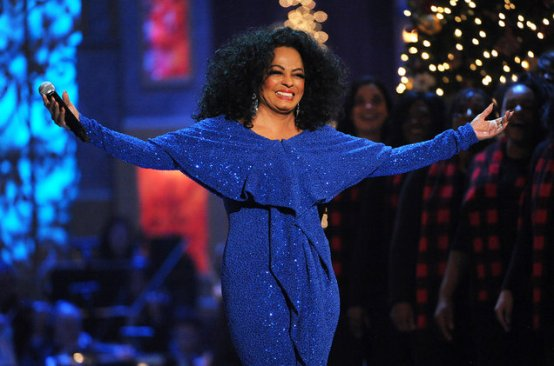 Diana Ross Receives AMA Lifetime Achievement Award After Performing Her Iconic Hits