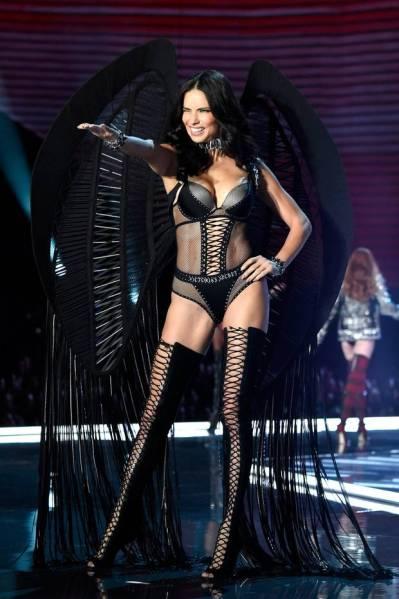 Victoria's Secret Supermodel Adriana Lima Announces Surprising Career Move
