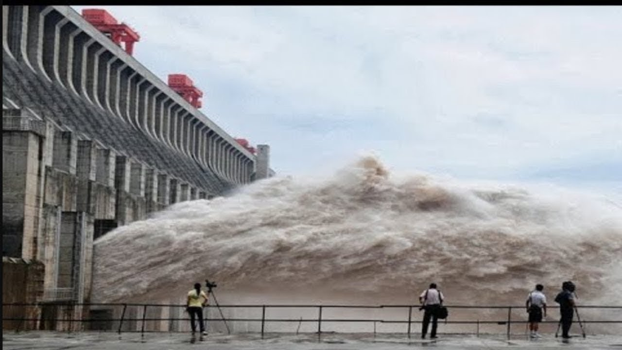 5 Shocking Natural Phenomena On Earth Caught On Camera |Unbelievable Natural Disaster Caught on Tape