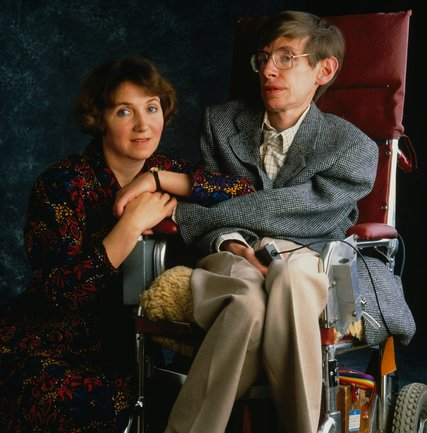 """Dr. Hawking and his first wife, the former Jane Wilde, in 1990. The couple married in 1965. He said the marriage gave him """"something to live for."""" Credit David Montgomery/Getty Images"""