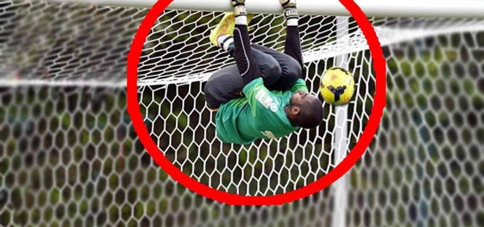 10 LEGENDARY Goal Line Saves