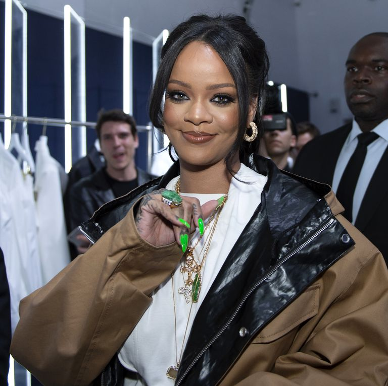 """Rihanna Trying to """"save the world"""" Churns Out Millions For Fight"""